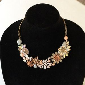 New BaubleBar Arianna Necklace in Light Pink
